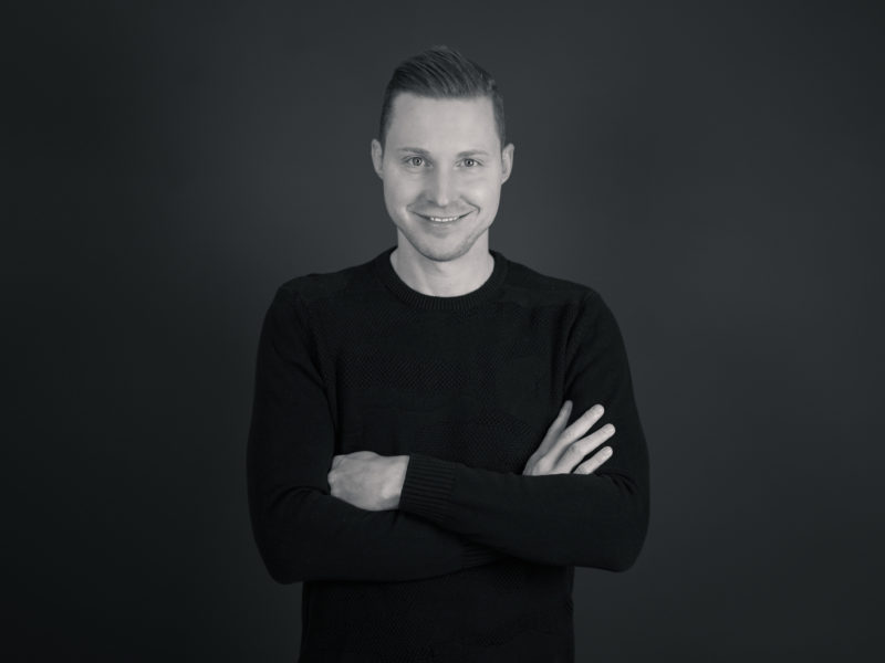 Synchronsprecher und Moderator Bene Gutjan